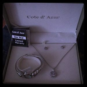 Cote d' Azur watch, necklace and earring set